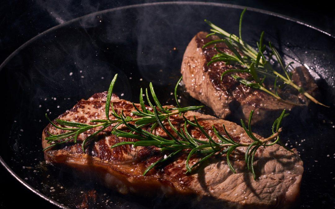 Dieta paleo – jadłospis oraz przeciwwskazania
